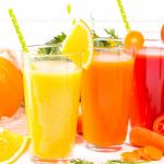 3 przepisy na orzeźwiające soki z wyciskarki
