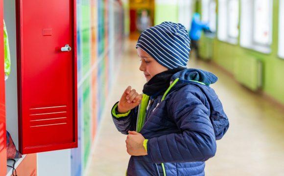 płaszcz lub kurtka dla dziecka